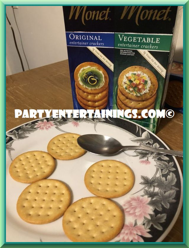 Monet Crackers